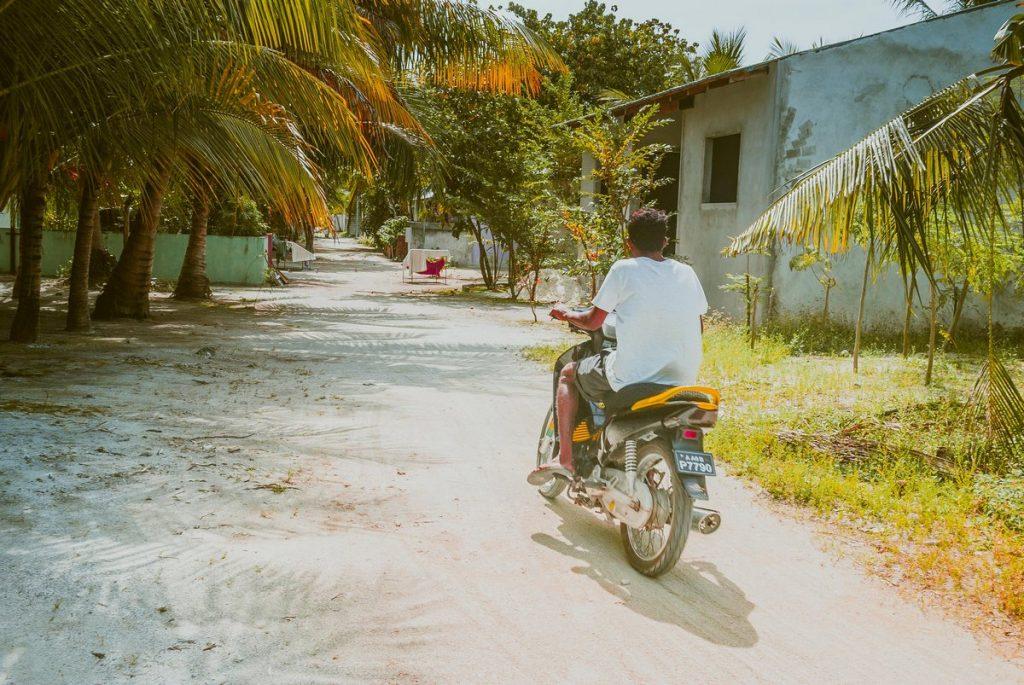 dhiffushi-bike