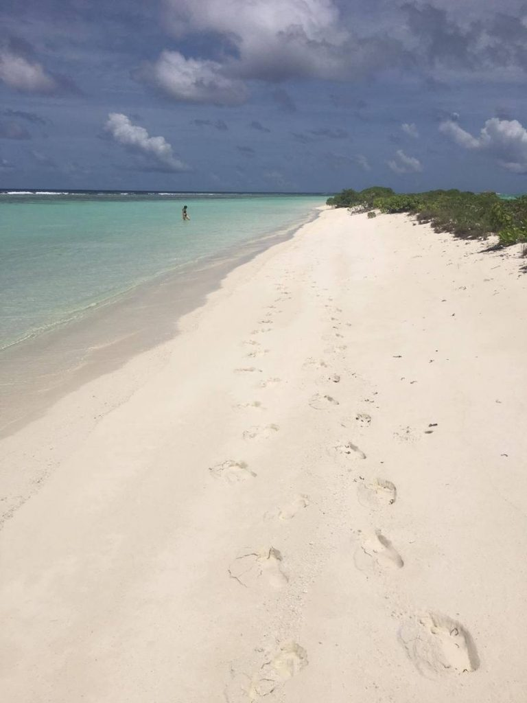dhigurah-sand