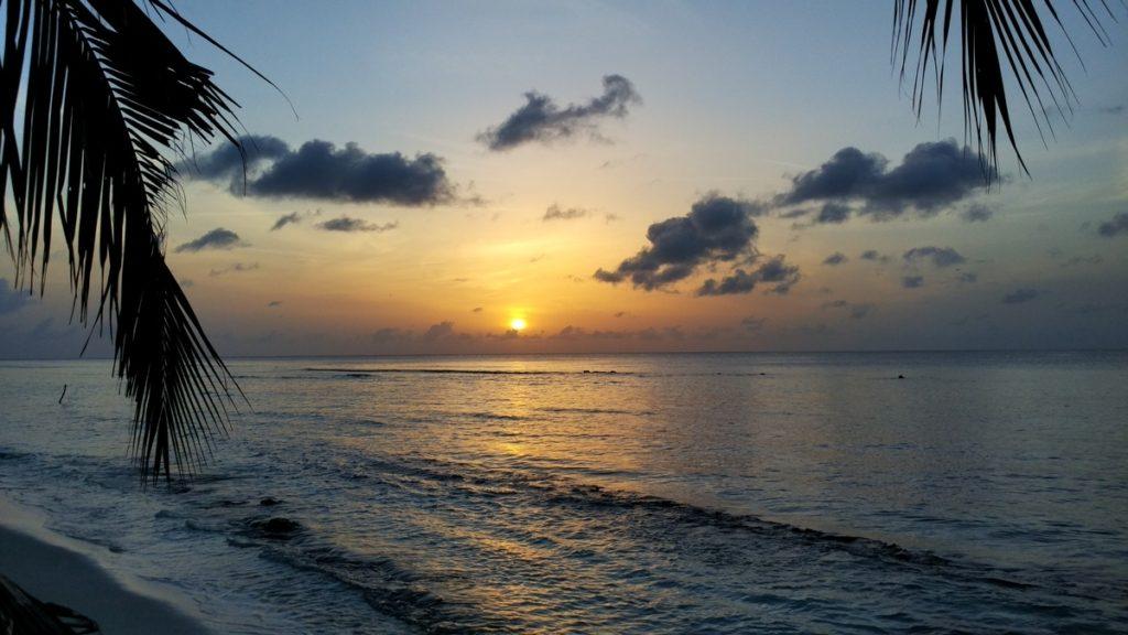 dhigurah-sunset