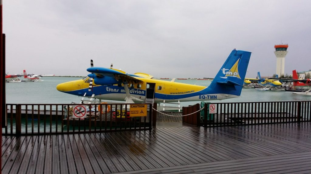guide-to-budget-maldives-seaplane