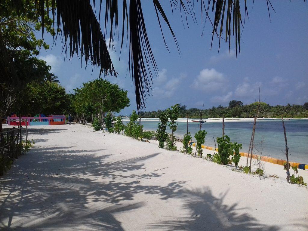 guraidhoo-beach-view