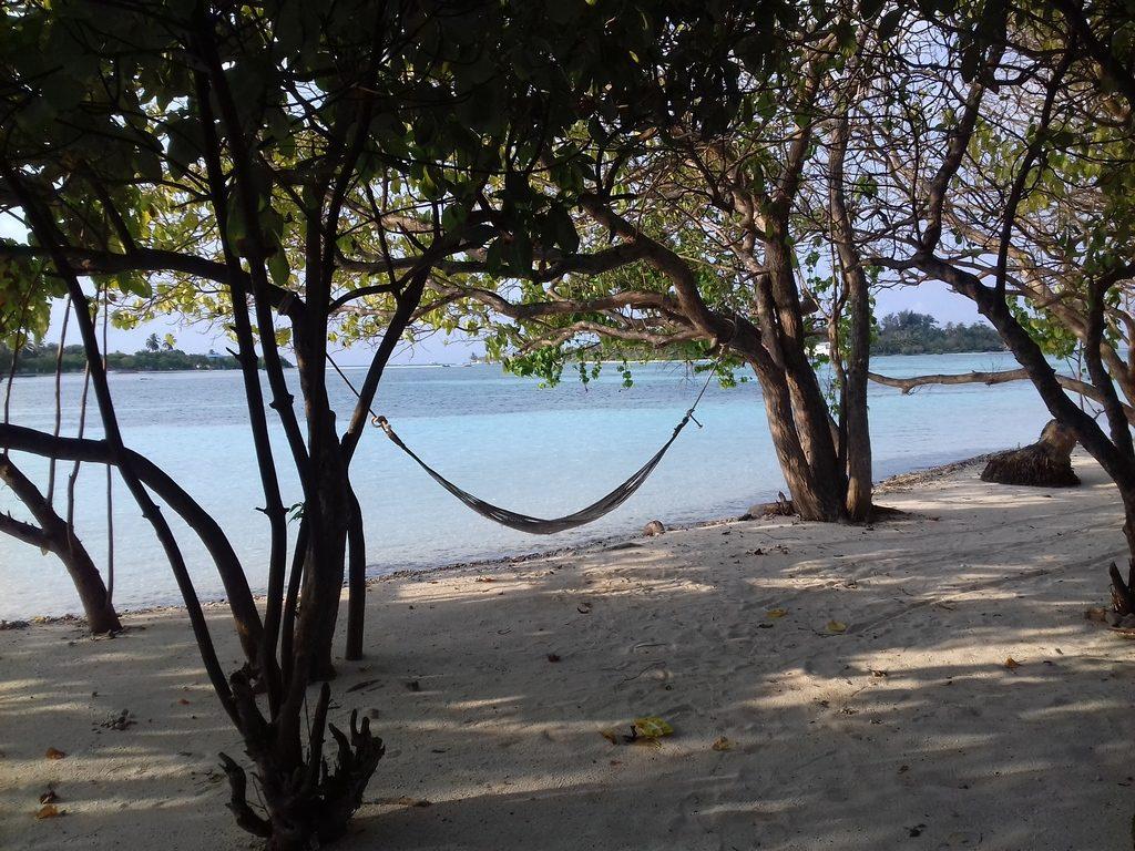 guraidhoo-picnic-island-hamacus