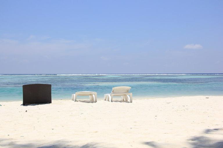 huraa-beach-768x513