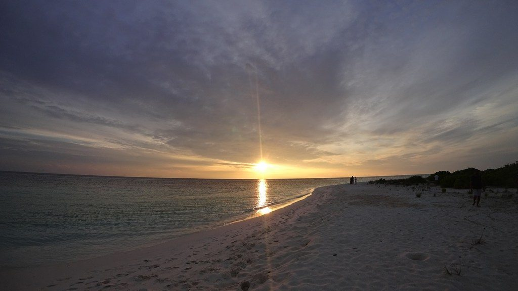 omadhoo-sunset