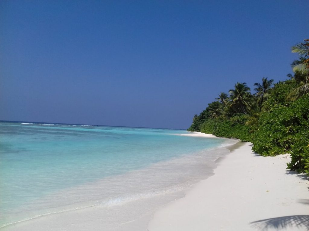 thinadhoo-beach
