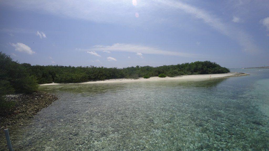 thulusdhoo-island-view