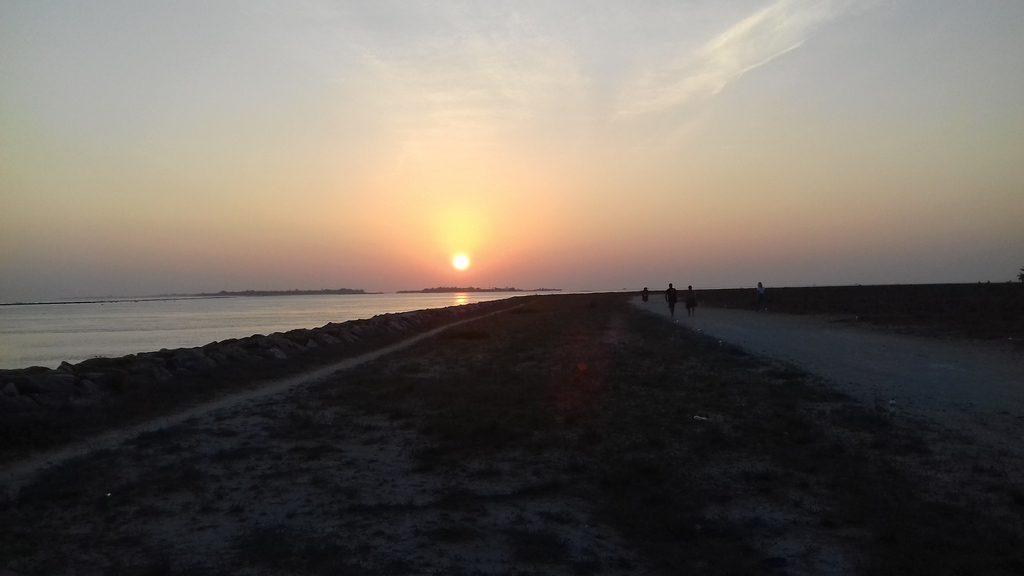 thulusdhoo-sunset (1)