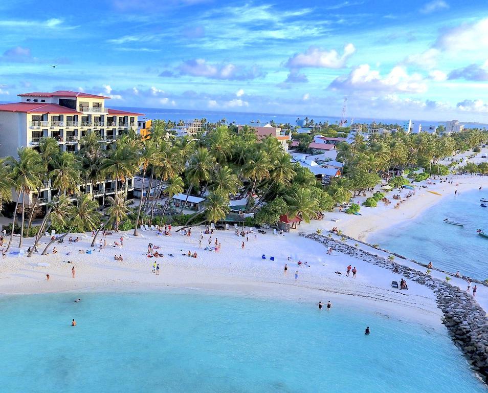 local-island-in-maldives-maafushi