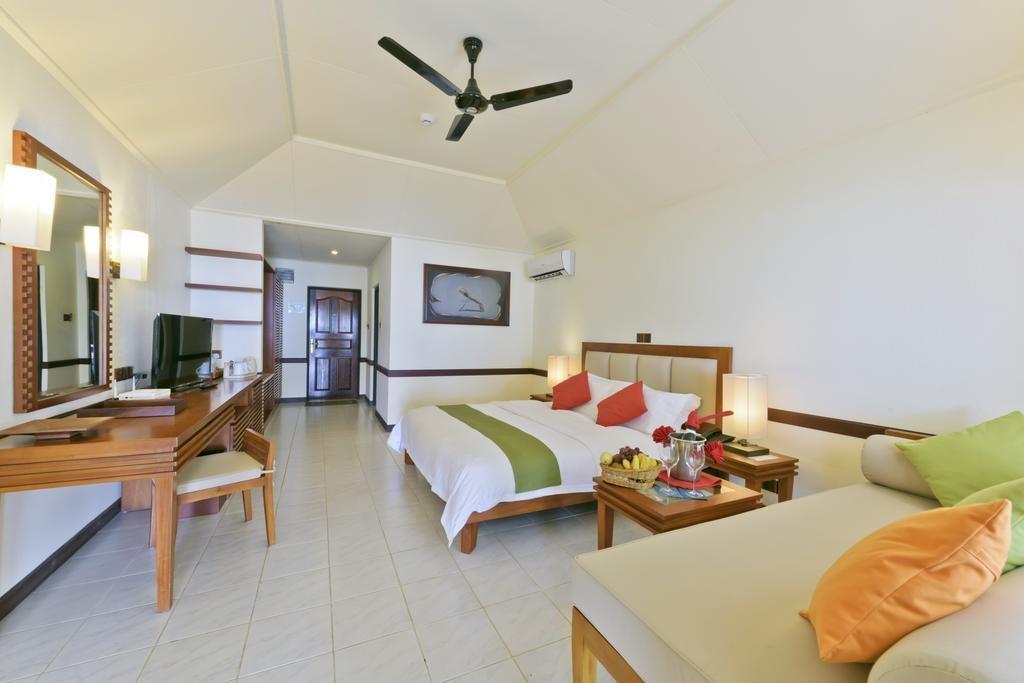 Paradise Island Resort islandii.com 12