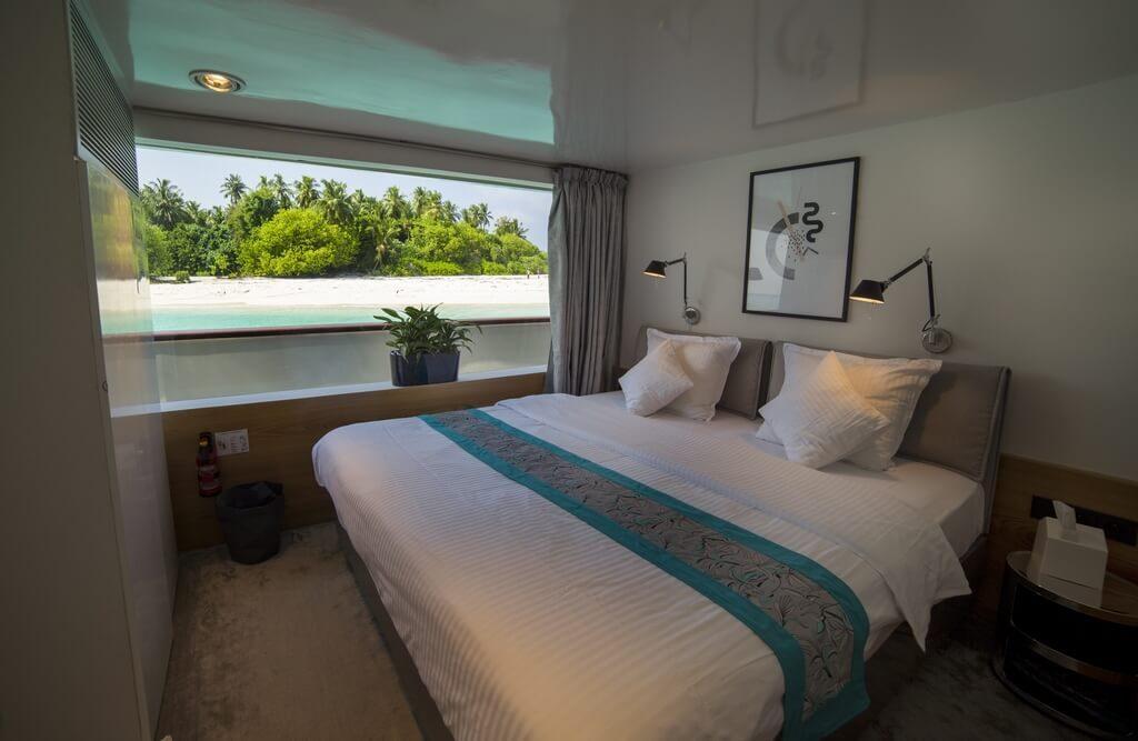 azalea-cruise-junior-suite-1
