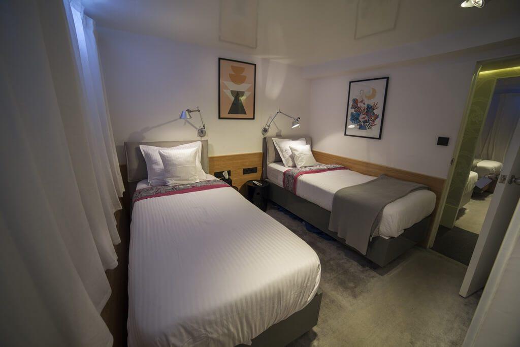 azalea-cruise-standard-room