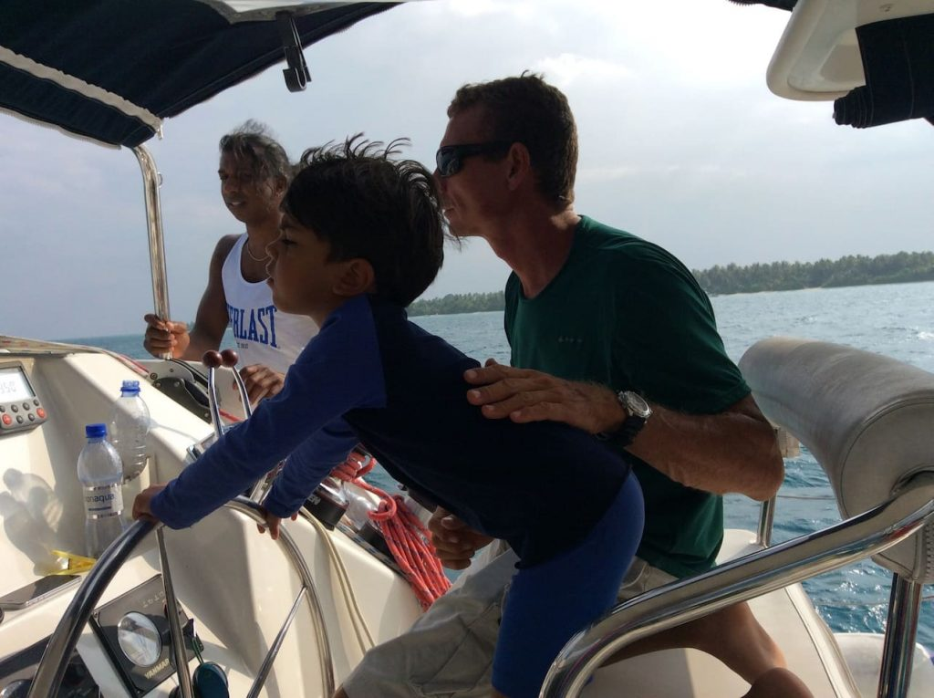 sailing-yacht-cingwe-child