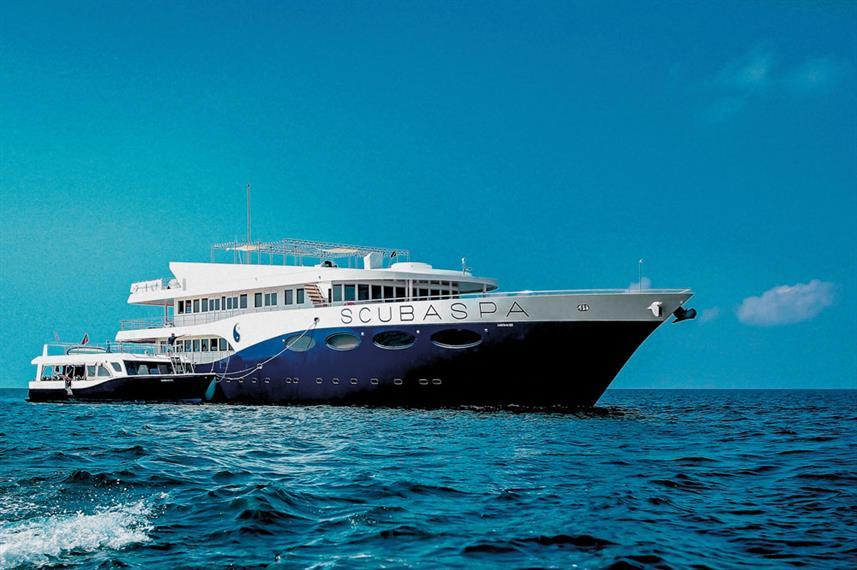 scubaspa-boat-2