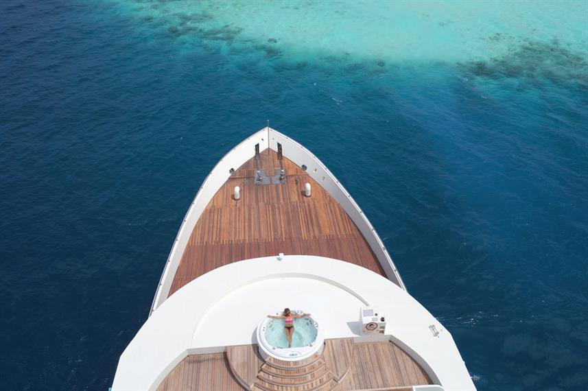 scubaspa-boat-view