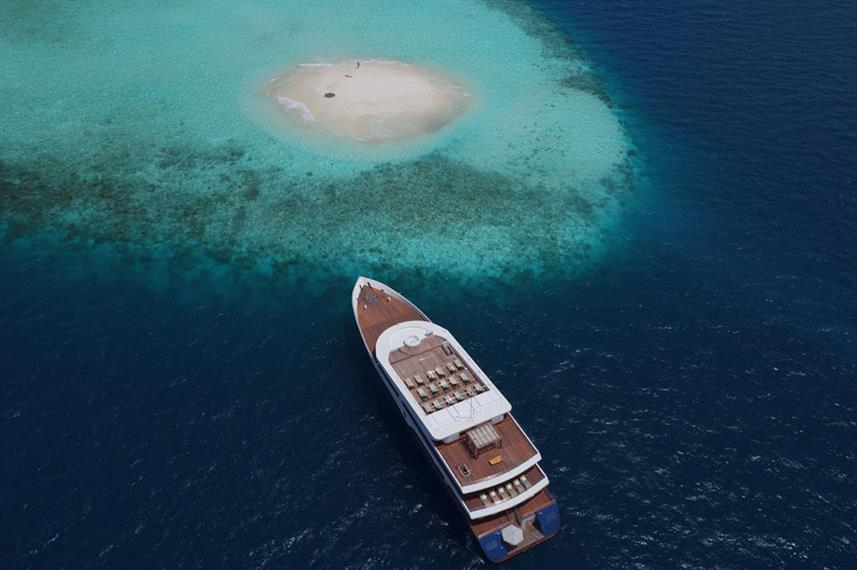scubaspa-boat