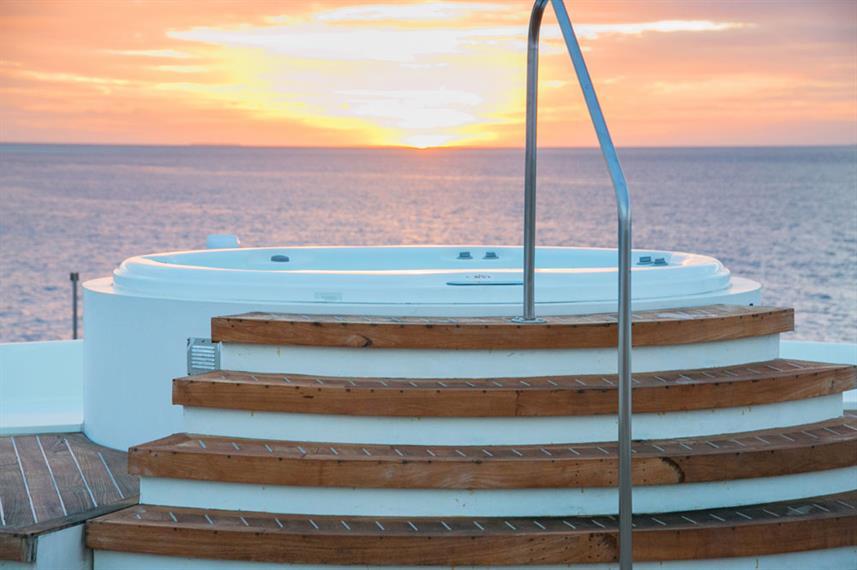 scubaspa-sunrise