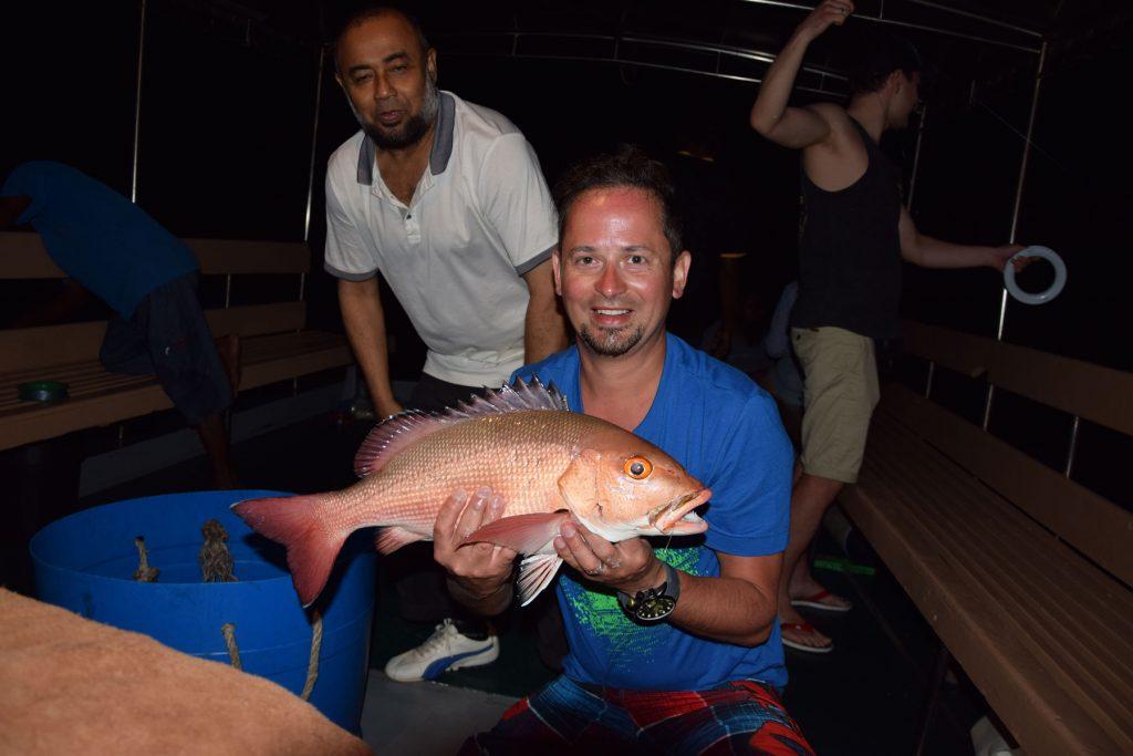 dhiffushi night fishing