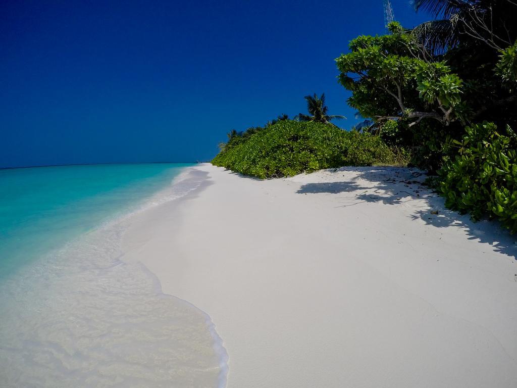 hanimadhoo-beach-1
