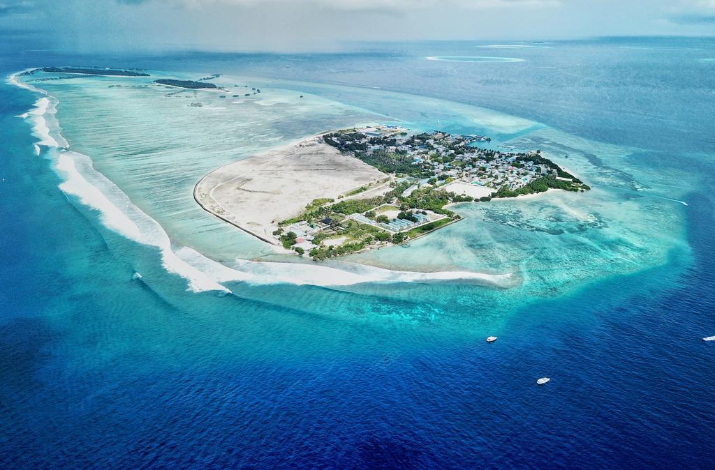 himmafushi island
