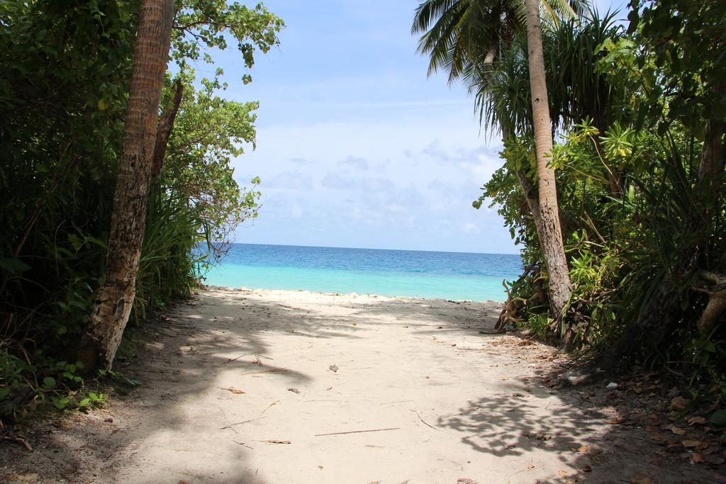 Feridhoo view