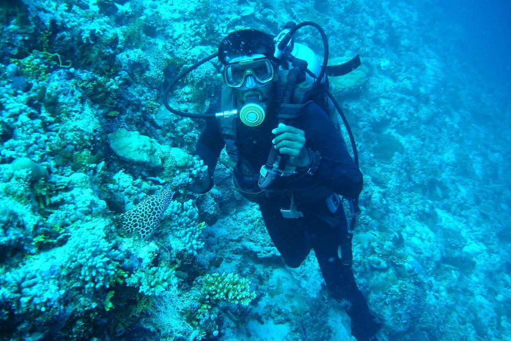gulhi diving